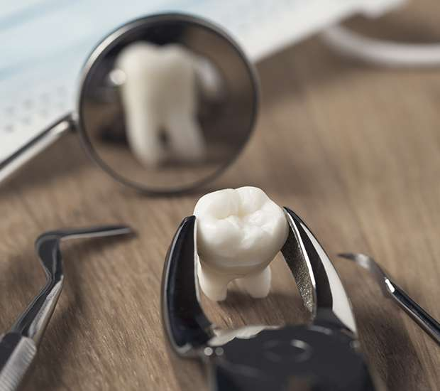 Ballston Spa When Is a Tooth Extraction Necessary